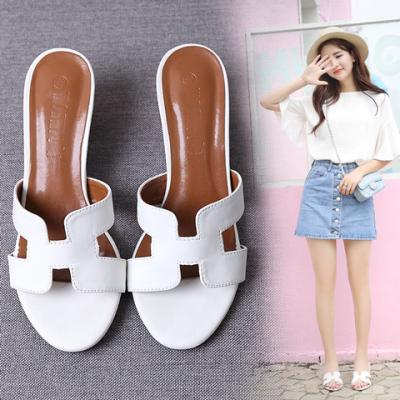 拖鞋女中跟夏外穿H拖沙滩时尚粗跟白色凉拖鞋网红鞋子女学生韩版